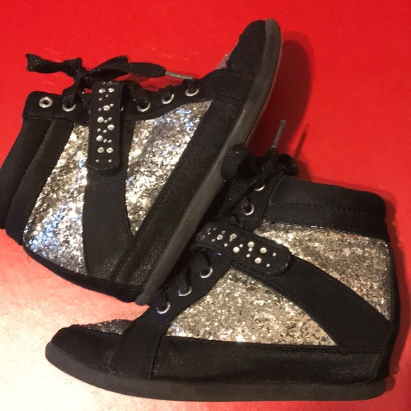 Justice Other - Big girls Justice hi top wedges sneakers size 2